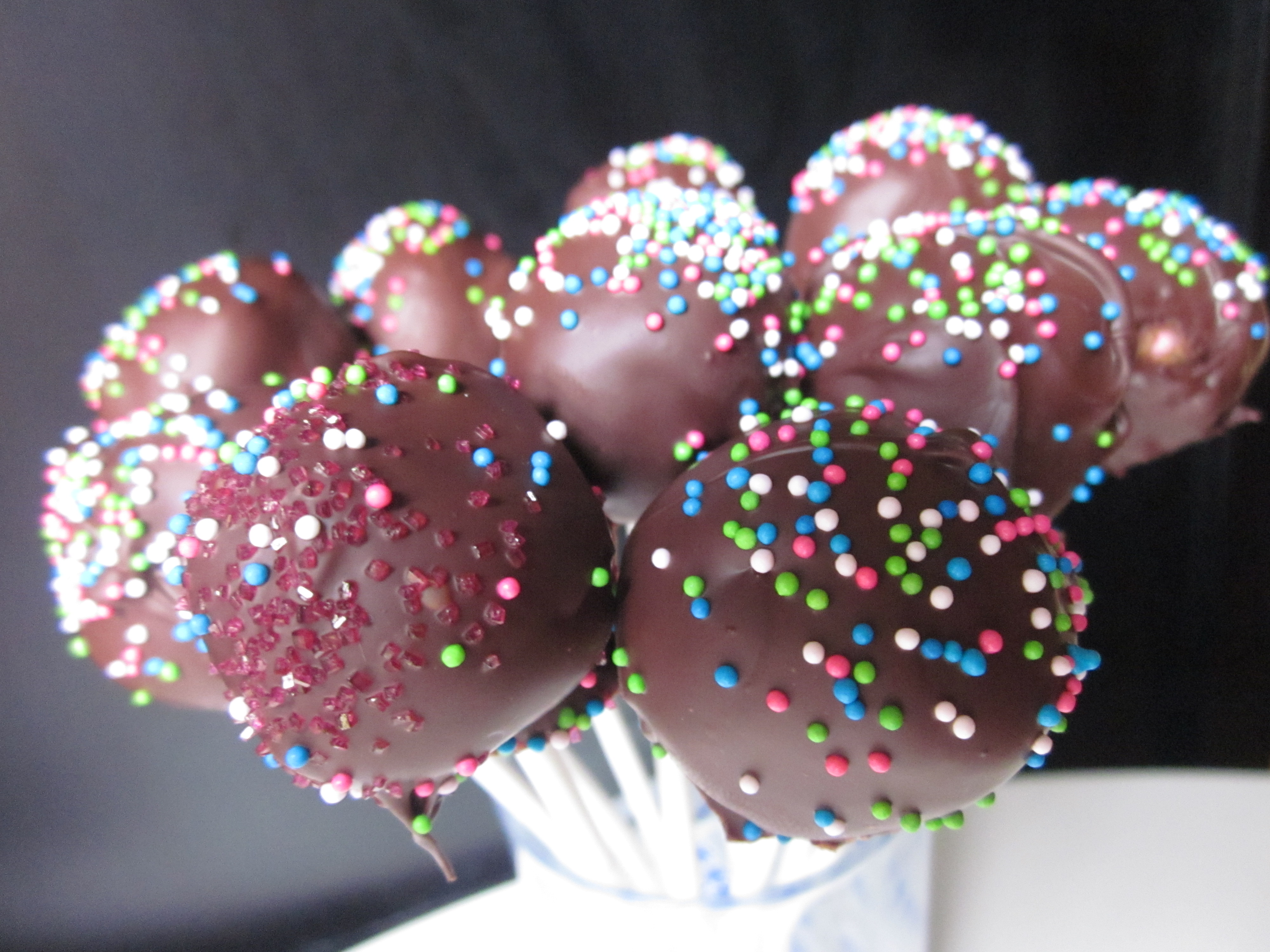 Cake Pops Made With Frosting